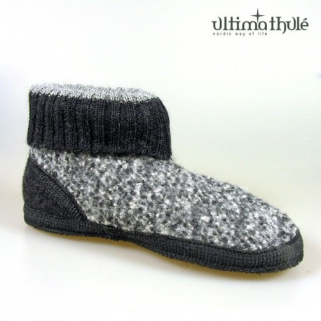 "HOUSE SLIPPERS ""GREY"""