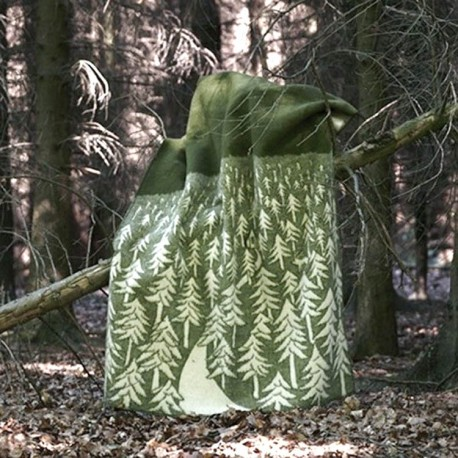 HOUSE IN THE FOREST THICK WOOL THROW KLIPPAN YLLEFABRIK