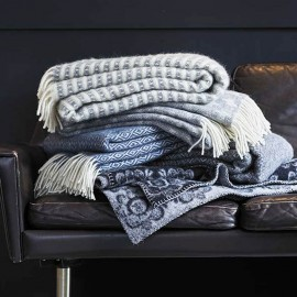 OLLE LIGHT GREY ECO LAMBS WOOL THROW KLIPPAN YLLEFABRIK