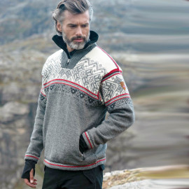 VAIL MASCULINE WEATHER PROOF SWEATER DALE OF NORWAY