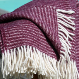RALPH AUBERGINE WOOL THROW KLIPPAN YLLEFABRIK
