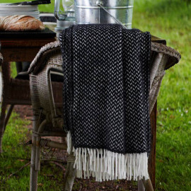 POLKA BLACK WOOL THROW KLIPPAN YLLEFABRIK