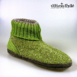 "HOUSE SLIPPERS ""ALMOND GREEN"""